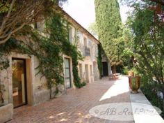 AB Real Estate France: Priced to sell! Character House For Sale in Montpe... Video added