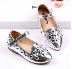 metallic rhinestone child single shoes female 2014 child leather princess dance shoe gold silver flats wedding kids loafer $26.00 - 30.00