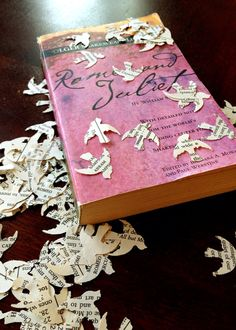 Vintage Romeo & Juliet  - FREE SHIPPING Weekend sale - Wedding Confetti (2,000 Count) on Etsy, $12.00