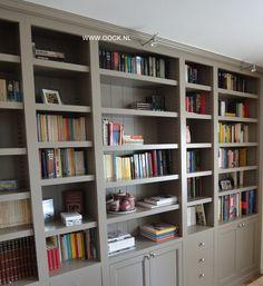 boekenkast op maat gemaakt door wwwoocknl kenmerkend de indeling die speels wordt