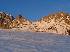 #Sonnenuntergang am Hochkönig #Blick zur Taghaube #Bergmassiv #Hochkönig Berg, Mount Everest, Mountains, Nature, Travel, Sunset, Naturaleza, Viajes, Trips
