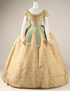Sissi's dress