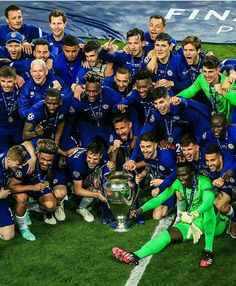 Chelsea Team, Chelsea Football, Chelsea Champions League, Uefa Champions League, Cristiano Ronaldo, Football Players, Champs, Boy Or Girl, Blues