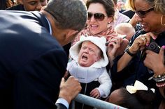 Tiny Trump Memes Take The Internet By Storm - Zeutch Pictures Of Obama, Donald Trump Pictures, Obama With Kids, Tiny Trump, Trump Baby, Smile Pictures, Adorable Pictures, Belle Photo, Funny Photos
