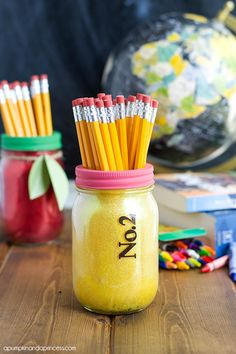 No. 2 Pencil Mason Jar Teacher Gift - Mason Jar Crafts Love