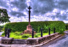 I was driving around Herefordshire and came across this memorial in memory of the men of Croft and Yarpole who died in the great war, WW1. I truly cannot imagine what it must have been like to a part of that era. God bless them.