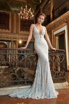 WedLuxe – Galia Lahav – Fall 2017 Lookbook | Follow @WedLuxe for more wedding inspiration!