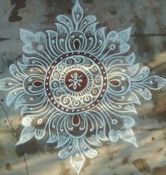 Easy Rangoli Designs Diwali, Rangoli Simple, Indian Rangoli Designs, Simple Rangoli Designs Images, Rangoli Designs Latest, Rangoli Designs Flower, Free Hand Rangoli Design, Rangoli Border Designs, Small Rangoli Design