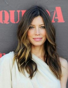 New Hair Balayage Brunette Caramel Highlights Jessica Biel Ideas Jessica Biel, Jessica Beil Hair, Hair And Makeup Tips, Hair Makeup, Hair Day, New Hair, Date Night Hair, Corte Y Color, Great Hair
