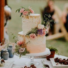 Yolk (@cakesby_yolk) • Instagram photos and videos Getting Engaged, Bedroom Vintage, Buttercream Cake, Cake Decorating, Wedding Cakes, Congratulations, Sweet Treats, Seasons, Baking
