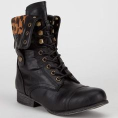 Bamboo Surprise Womens Boots Black/Leopard In Sizes 8, 7.5, 6, 8.5, 5.5, 7, 6.5, 9, 10 For Women 229727100
