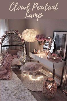 Cute Bedroom Decor, Bedroom Decor For Teen Girls, Girl Bedroom Designs, Stylish Bedroom, Room Ideas Bedroom, Bedroom Desk, Aesthetic Room Decor, Cozy Room, Dream Rooms
