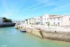 Port de Saint-Martin-en-Ré...   Île de Ré ©Anlorh