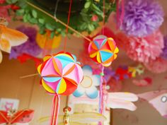 Timestamps DIY night light DIY colorful garland Cool epoxy resin projects Creative and easy crafts Plastic straw reusing ------. Diy Origami, Origami Cards, Origami Mobile, Paper Crafts Origami, Diy Crafts Videos, Easy Crafts, Diy And Crafts, Crafts For Kids, Rainy Day Activities For Kids