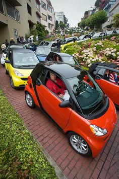 Smart Car Rally on Lombard Street