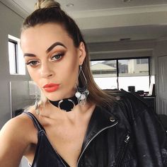 This week we chatted with @emdavies___ Social media coordinator for @circlesofsubiacohair and all round #Perth hottie for Friday Five. Read it via the link in our bio now.  #fashionbackroom . . . . . . #style #fashion #onlineshopping #fashionblogger #ootd #expressdelivery #sydneyfashionblogger #melbournefashionblogger #modellife #luxe #outfitgoals