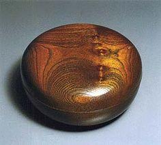 KAWAKITA Ryozo : food container - mulberry wood JAPANESE TRADITIONAL ART CRAFT -  38th EXHIBITIO 1991