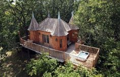 images of tree houses in Oregon | Vanity Fair: Tree Houses You Can Live In
