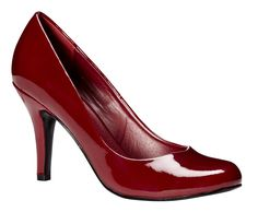 Red pumps / Escarpins rouges #red #rouge #pump #escarpin #shoe #reitmans Red Pumps, Red Shoes, Look Good Feel Good, Secret Obsession, My Mom, Stiletto Heels, Footwear, Book, Garden