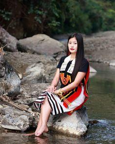 Mao Naga Fashion Fusion Cum Fitness Show 2019 India Fashion, Ethnic Fashion, Style Fashion, Girl Fashion, Myanmar Traditional Dress, Traditional Dresses, Naga People, Northeast India, Indian Photoshoot