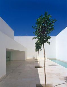 Minimalist Architecture Design by Alberto Campo Baeza