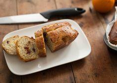 Ideaal als ontbijt voor de feestdagen, maar eigenlijk ook op alle andere dagen in het jaar een heerlijk zoet brood om de dag mee te beginnen. 5.0 from 2 reviews Feestelijke Cranberry-Sinaasappel Broodjes  Print Voorbereiding 15 mins Kooktijd 25 mins Totale tijd 40 mins  Chef: Mitchel Aantal: 2 broodjes Ingrediënten 170 gr amandelmeel …