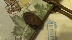 Beautiful linen handbag in a 1920s original polo design with dust bag