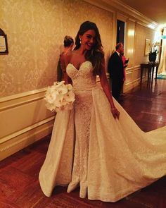 27d60745968 Sofia Vergara s Wedding Dress Is Absolutely Stunning