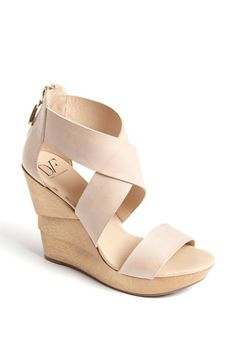 Great neutral wedges