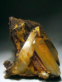 Quartz encrusted by Goethite / Arbaz mine / Italy