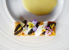Quince restaurant pops up in a gallery