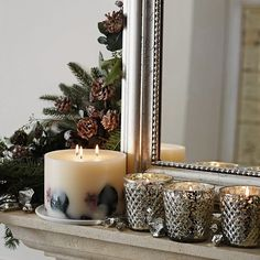 Stylish Christmas Décor Ideas In Grey Color and French Chic_19
