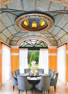 Florida Design Magazine - Amazing Dining Room Now that's a beautiful ceiling: Great lines! Dining Room Design, Dining Room Furniture, Dining Area, Dining Table, Traditional Dining Rooms, Traditional Kitchens, Florida Design, Dining Room Inspiration, Dining Room Lighting