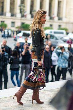 Chegou o dia de conferir os looks de moda rua de Paris!