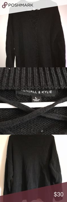 Criss cross sweater Kendal & Kylie / pre loved / worn 4-5 times PacSun Tops Sweatshirts & Hoodies