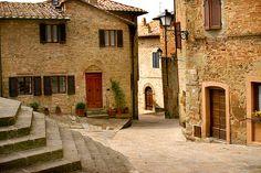 Salsomaggiore Terme town center - Explore Salsomaggiore Terme's town center and experience the local culture
