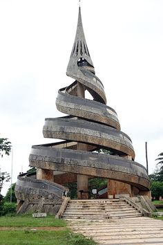 "This is the ""Monument de la Réunification"" which symbolizes the union of the French and the English part of Cameroon, Yaoundé, Cameroon."