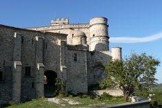 Le Barroux : Les plus beaux villages perchés de France - Linternaute