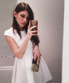 Ursula Corbero Ursulolita's Way've Siemprevivas dress Louis Vuitton clutch #MBMFW