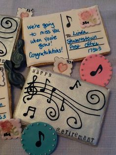 (Add one more line to staff.) Love the way the staff splits apart into swirls. Best Sugar Cookies, Iced Cookies, Shortbread Cookies, Fun Cookies, Decorated Cookies, Cookie Designs, Cookie Ideas, Music Cookies, Dance Themes