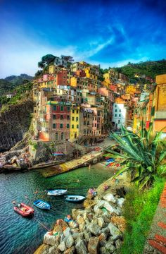 Vernazza, Italy...I want to be there!!!