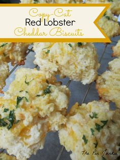Red Lobster Cheddar Biscuits - make them at home! Cheesy, buttery, & delicious!