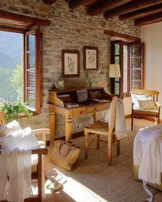 stone wall - home interior Stone Cottages, Stone Houses, Cozy Cottage, Cottage Style, Rustic Cottage, Interior And Exterior, Interior Design, Room Interior, Exterior Paint