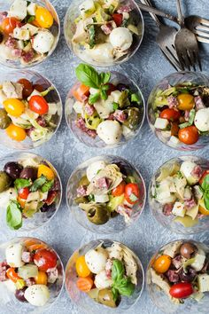 Italian cheese, olives, salami, pickled veggies, cherry tomatoes and grilled artichoke halves Individual Appetizers, Italian Appetizers, Appetizers For Party, Appetizer Recipes, Salad Recipes, Healthy Recipes, Cold Appetizers, Appetizer Salads, Dinner Recipes