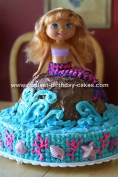 MERMAID PARTY: While trolling the internet for Mermaid Party ideas I found my OWN cake from four years ago!!  I hope my almost 7 year old can't remember it, because I have no idea how I pulled it off ONCE, let alone twice in a lifetime!