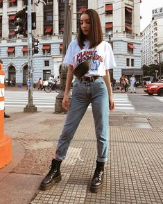oufits made in the mentira, sou de 2000 // wearing lojalacodeluxo, zara, cea_brasil Mode Outfits, Fall Outfits, Fashion Outfits, Summer Jean Outfits, Mom Jeans Outfit Summer, Best Street Outfits, Tumblr Outfits, Fashion Tips, Cute Casual Outfits