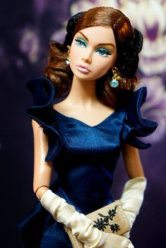 #PoppyParker #Doll  Silk gown