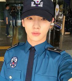 #Key #Kibum #SHINee #Sexy #Police #Lookout