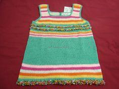 Vestido veraniego 100% algodón, tejido a crochet. Talla 4/5 años.  En venta.