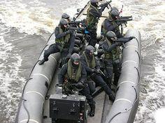 特別な装備に身を包んだ世界各国の特殊部隊の兵士達の写真いろいろ - DNA